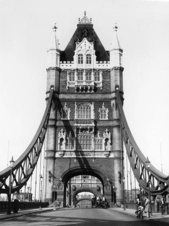 Tower Bridge 1939