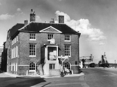 Poole Custom House