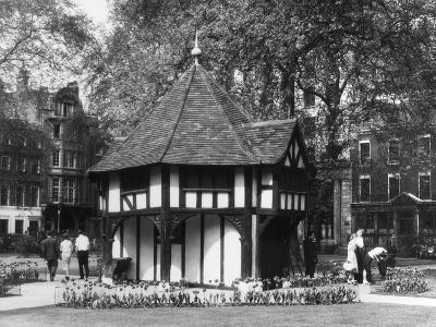 Tudor Summerhouse