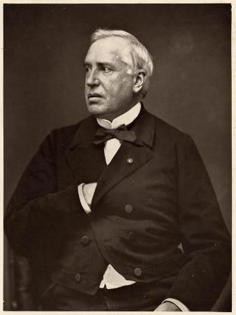 A Nelaton, Pierre Petit