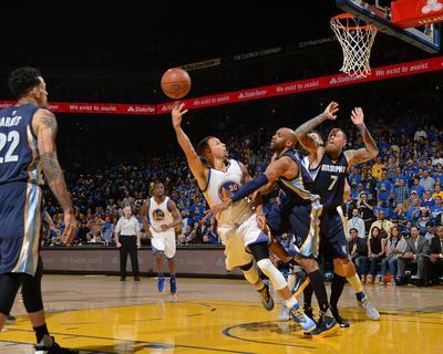 Stephen Curry #30 - Golden State Warriors vs Memphis Grizzlies, April 13,  2016