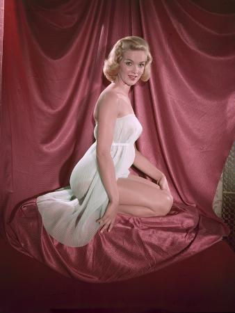 Blonde Pin-Up 6, Colour