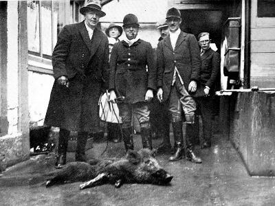 The Duke of Westminster and Winston Churchill with a Dead Boar