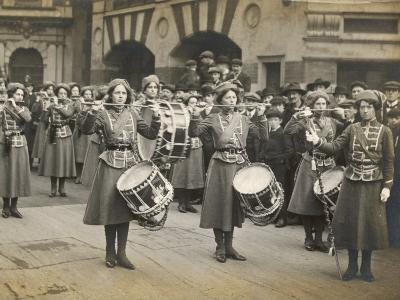 The Wspu Fife and Drum Band with Mary Leigh as the Drum-Major