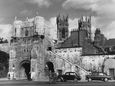 Bootham Bar, the Old West Gate to the City of York, Yorkshire, England