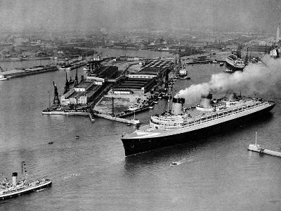French Liner 'Normandie' Leaving Le Havre, May 1935