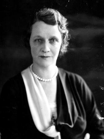 Nancy Astor, 1920