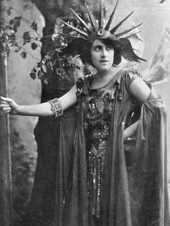 Julia Neilson in the Roll of Oberon, in Shakespeare's a Midsummer Night's Dream