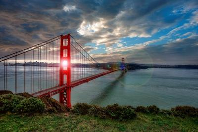 Sun through Golden Gate