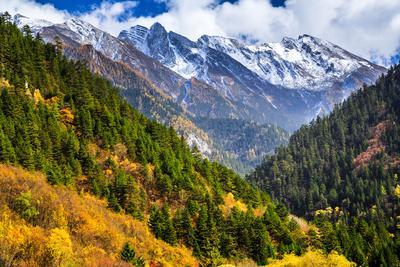 Jiuzhaigou National Park, Sichuan China