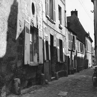 Street in Senlis