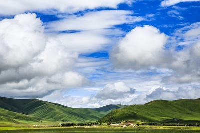 Amazing Cloud, Ruoergai Grassland, Sichuan China