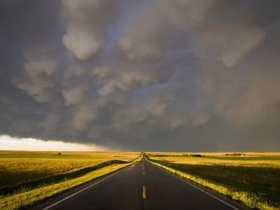Mammatus Cloud Formation over the Northwest Nebraska Plains