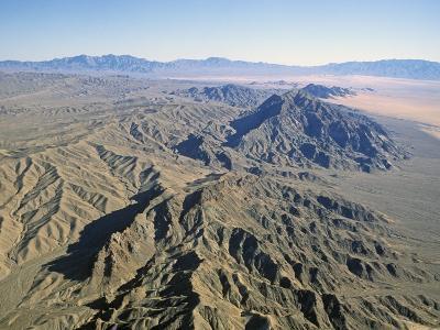 Basin and Range Geology 10 Se Baker, Ca