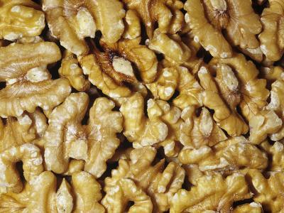 Halved Shelled Walnuts (Juglans)
