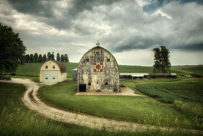 Farmland with Barns in USA