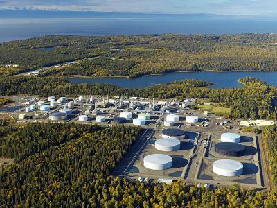 Tesoro Oil Refinery, Nekiski