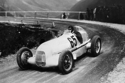 Rudolf Caracciola Driving Mercedes-Benz W25 Grand Prix Car, C1934-C1935