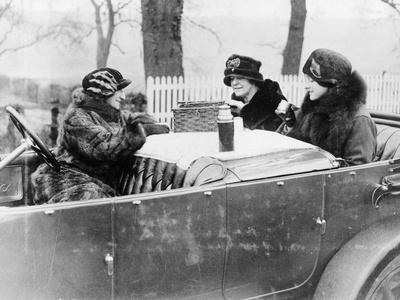 Picnic Scene, 1922