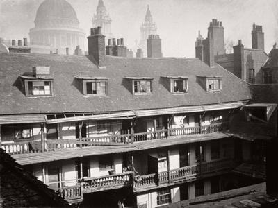 View of the Galleries at the Oxford Arms Inn, Warwick Lane, from the Roof, City of London, 1875