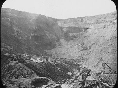 Kimberley Diamond Mine, South Africa, C1890