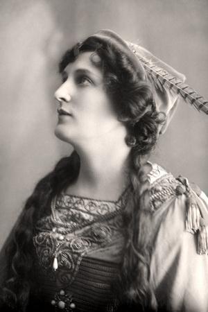 Evelyn Millard (1869-194), English Actress, Early 20th Century