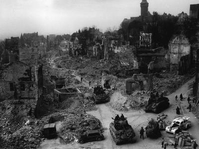Tanks of the U.S. 7th Army Rumble Through Nuremberg