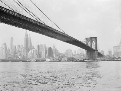 Brooklyn Bridge and Lower Manhattan, New York, New York