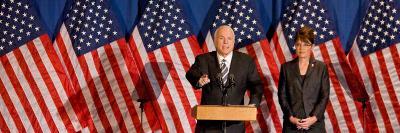 John McCain and Sarah Palin, Green Bay, WI