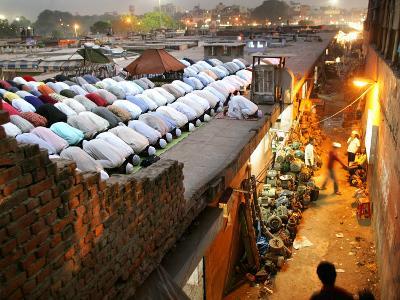 Indian Muslims Take Their Evening Prayers