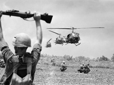 Vietnam War US Helicopters