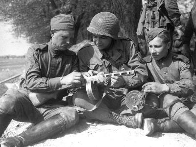 WWII Germany Torgau U.S. Ussr