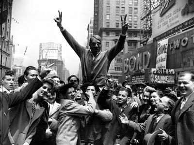 WWII NYC Cheers German Surrender