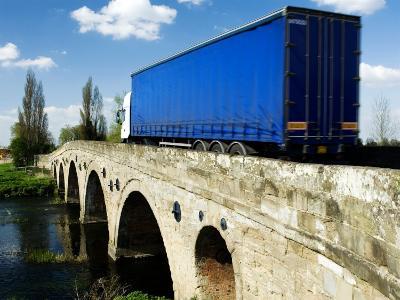Traffic Crossing Medieval Bridge Over the River Avon, Warwickshire, UK