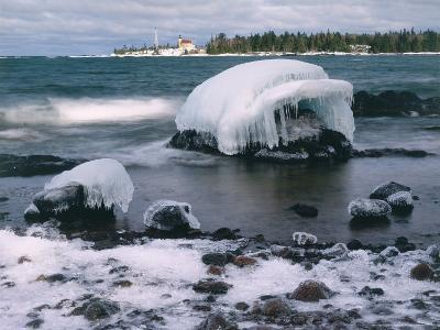 Ice Formations on Lake Superior Below Copper Harbour Lighthouse, Keweenah Peninsula, Michigan, USA