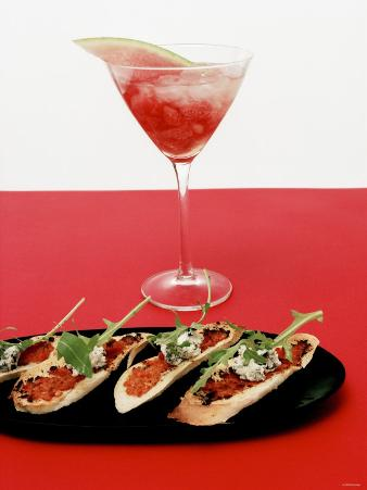 Toasted Bread with Red Pesto and Goat's Cheese, Cocktail