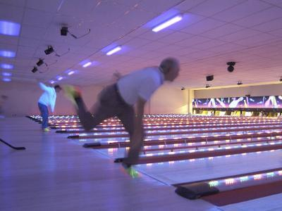 Black Light Bowling