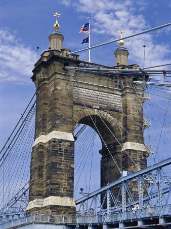 Roebling Suspension Bridge, Cincinnati, Ohio, USA