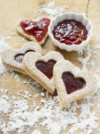 Heart-Shaped Biscuits Filled with Raspberry Jam
