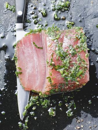 Marinated Tuna with Herbs