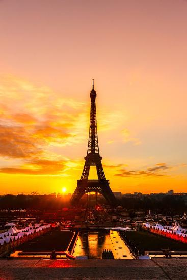 Eiffel Tower At Sunrise Paris Photographic Print By