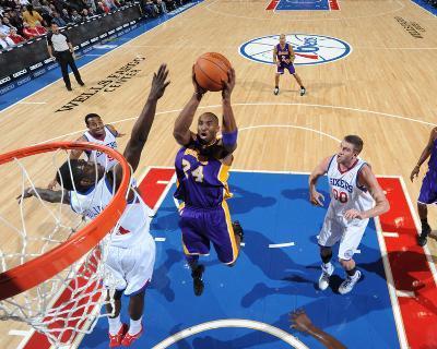Los Angeles Lakers v Philadelphia 76ers: Kobe Bryant and Jrue Holiday