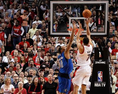 Dallas Mavericks v Portland Trail Blazers - Game Four, Portland, OR - APRIL 23: Brandon Roy and Sha