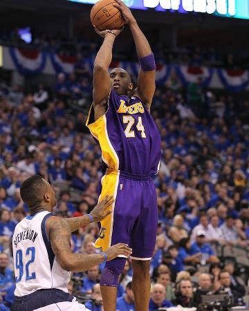 Los Angeles Lakers v Dallas Mavericks - Game Three, Dallas, TX - MAY 6: Kobe Bryant and DeShawn Ste