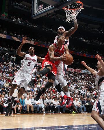 Chicago Bulls v Atlanta Hawks - Game Three, Atlanta, GA - MAY 6: Derrick Rose and Josh Smith