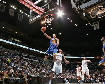 Golden State Warriors v Minnesota Timberwolves: Stephen Curry
