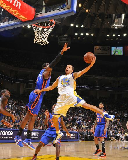 Stephen Curry Basketball: New York Knicks V Golden State Warriors: Stephen Curry And