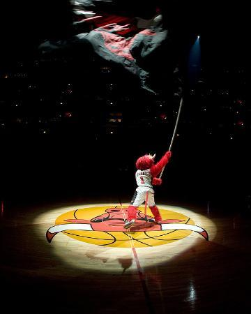 Los Angeles Lakers v Chicago Bulls: Benny the Bull