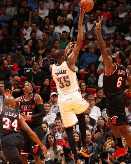 newest 409a1 71780 Jan 29, 2014, Oklahoma City Thunder vs Miami Heat - Kevin Durant, LeBron  James Photo by Issac Baldizon at AllPosters.com