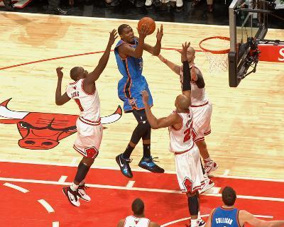 Oklahoma City Thunder v Chicago Bulls: Kevin Durant, Luol Deng, Taj Gibson and Carlos Boozer